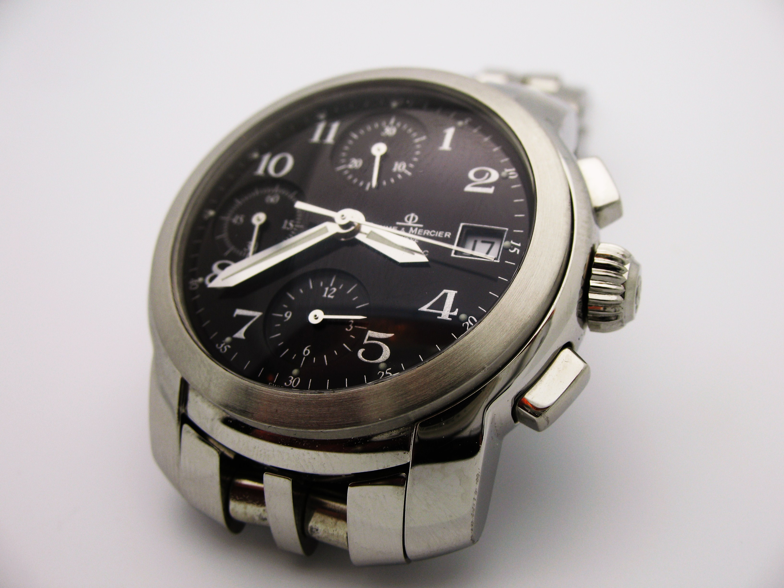 a swell watch baume et mercier capeland chronograph how to be swell. Black Bedroom Furniture Sets. Home Design Ideas